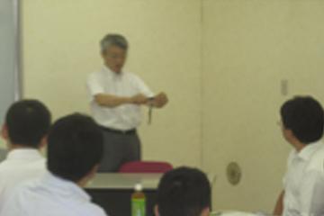 小中学校の教員を対象とした「先生のための防災学習支援講座」座学