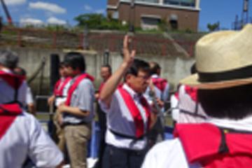 小中学校の教員を対象とした「先生のための防災学習支援講座」荒川を船で現場視察